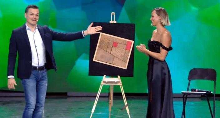 Federica Pellegrini emozionata alla finale di Italia's got Talent