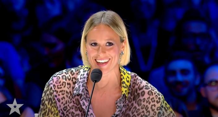 Federica Pellegrini, campionessa mondiale di nuoto, incantata da Marco Miele