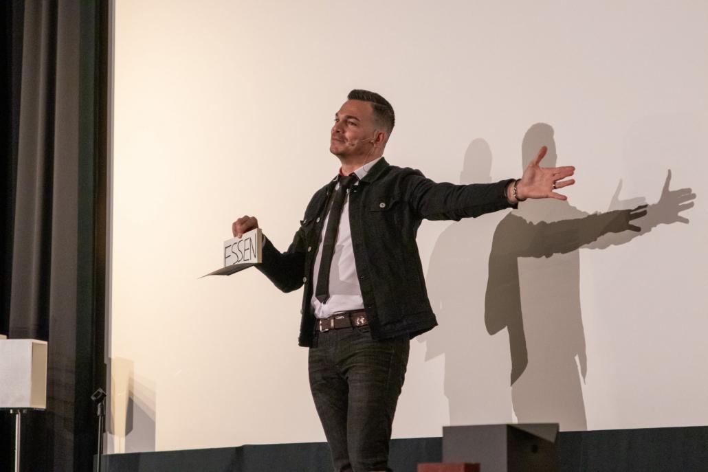 Magia incredibile sul palcoscenico di Stoccarda con Marco Miele