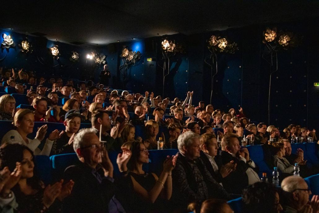 Il premiato Marco Miele sa come portare alle stelle il suo pubblico di Stoccarda