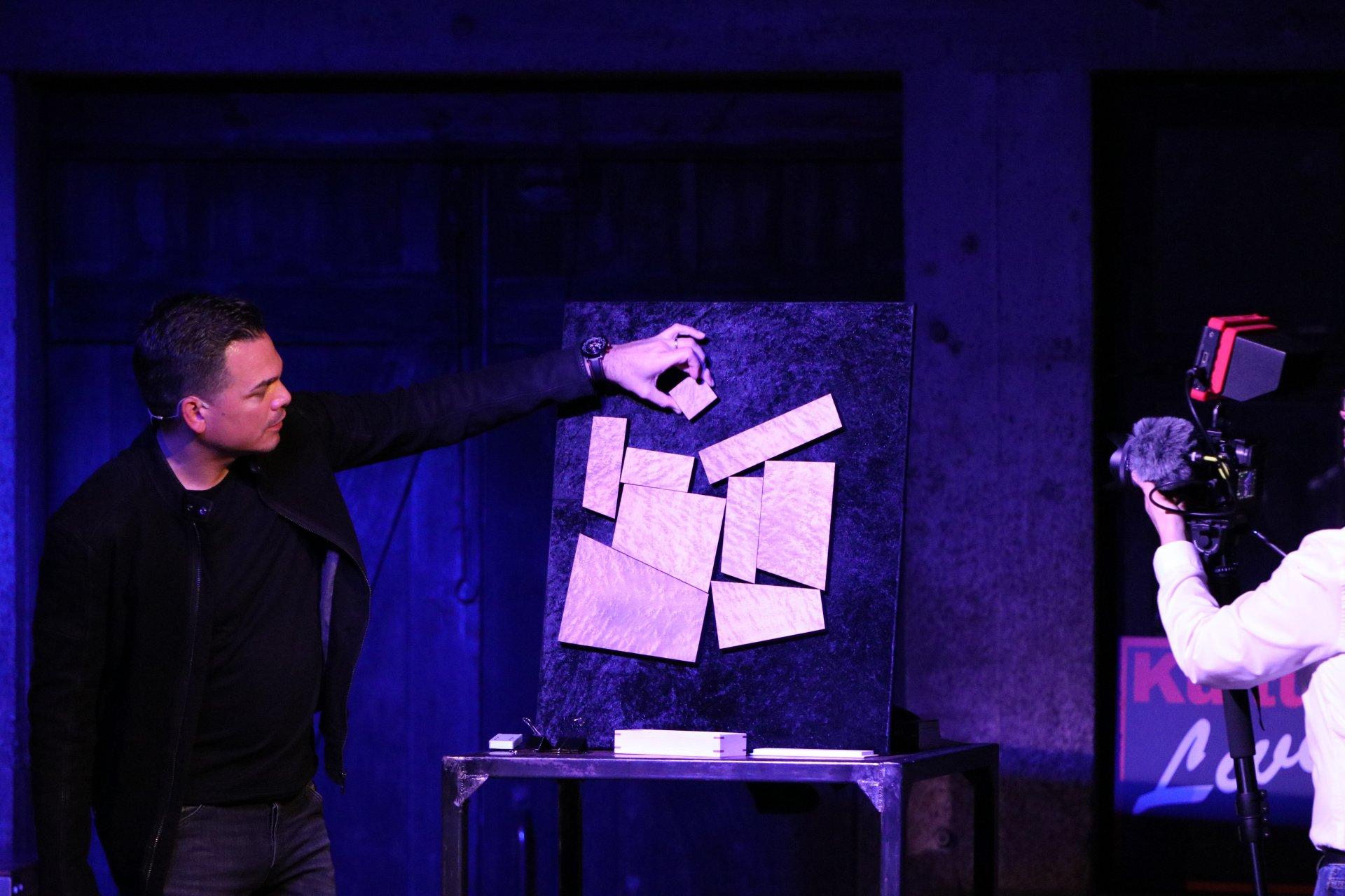 Der Zauberer Marco Miele für eine unvergessliche Zaubershow in München
